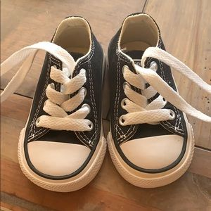 Black toddler All Star Converse